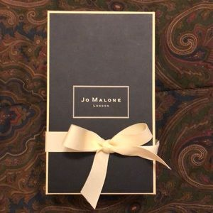 Jo Malone London fragrance box decoration
